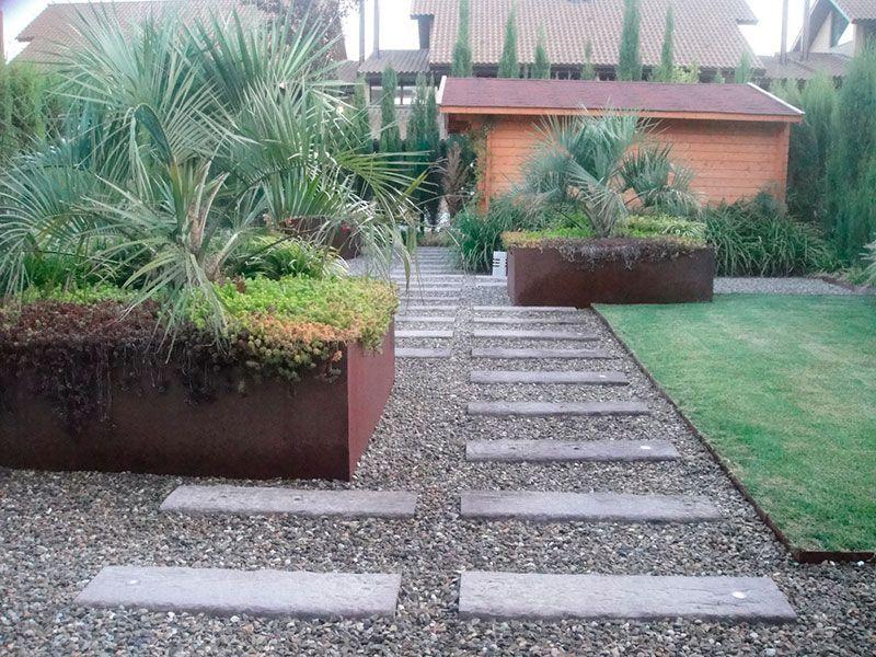 Dise o y creaci n de jardines piedra de borneo - Jardineras acero corten ...